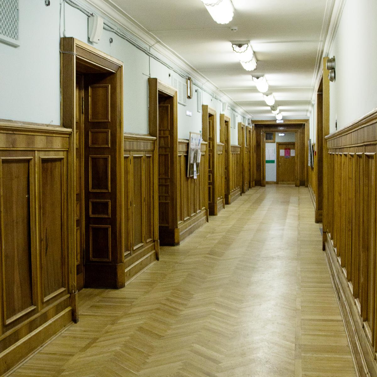 Расположение аудиторий в Главном здании МГУ